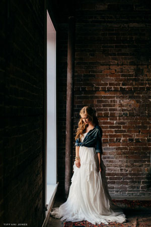 Chambray shirt paired with wedding dress for this industrial meets rustic wedding | photo by Tiffani Jones