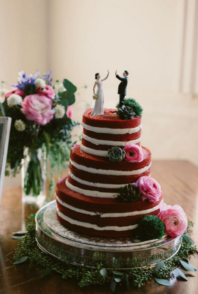 Paige + Blake's wedding cake Photo by : Paige Jones