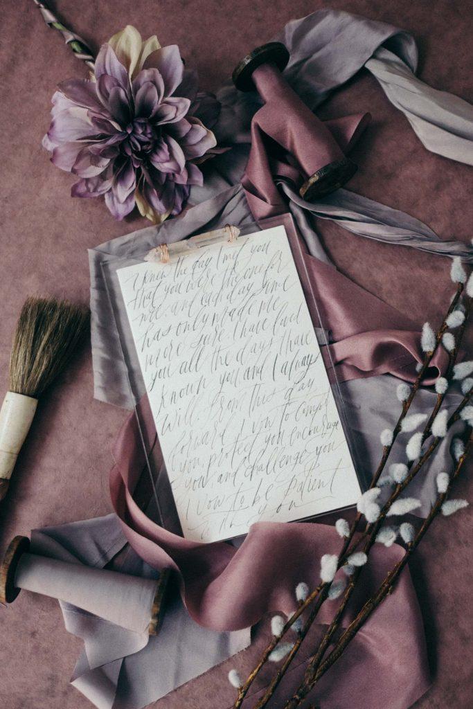 Wedding-Vow-Memorabilia-Vow-Books_Acrylic-vow-plate