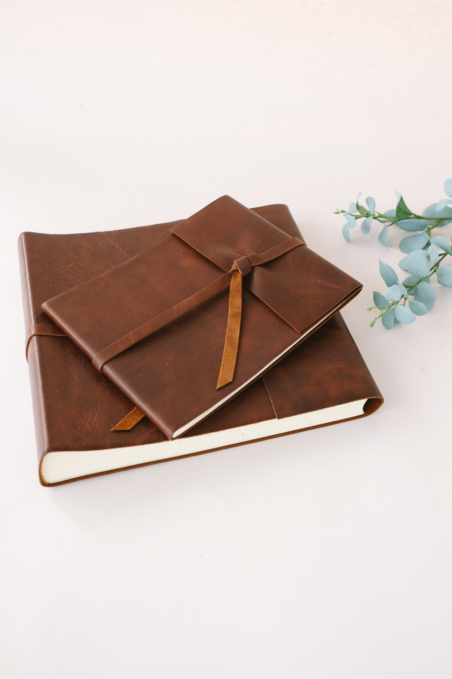 Rustic-Guest-Book-Photo-Album