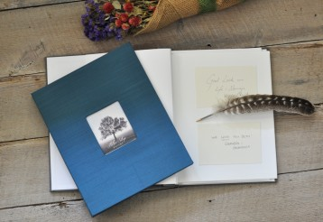 Unique Guest Book with Message Cards