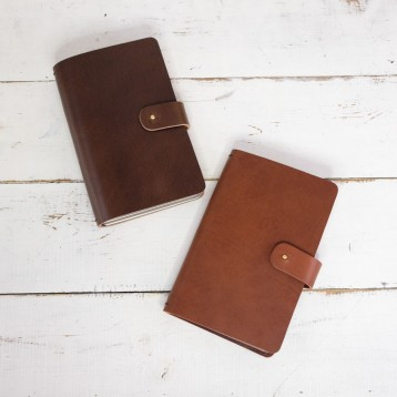 Refillable Traveler's Notebook - 2 natural leather colors - by Blue Sky Papers