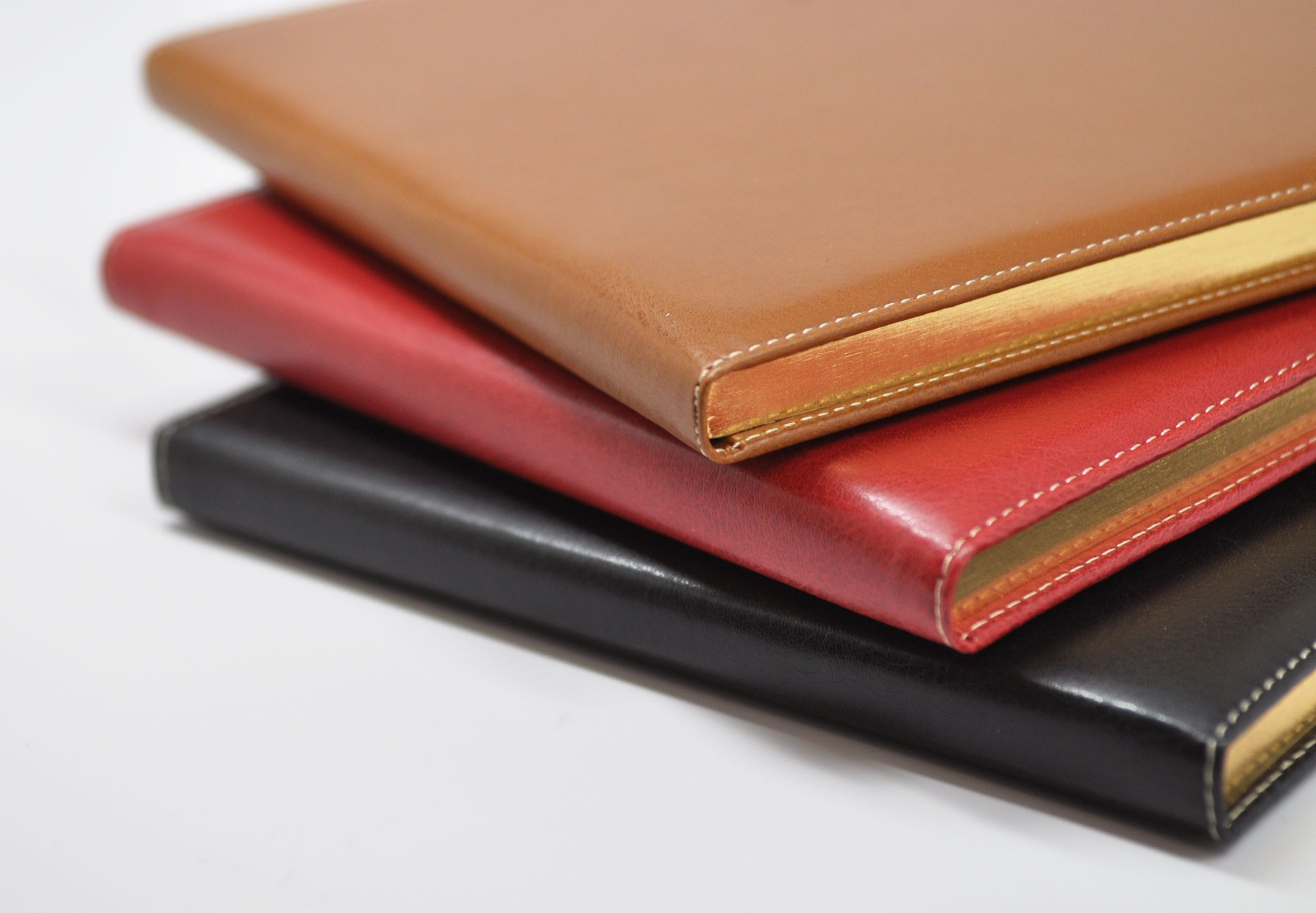 Fioina Italian Leather Guest Book Spine Detail